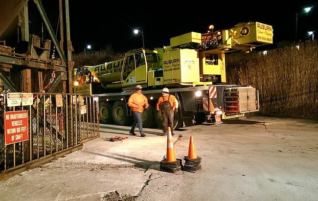 Cayuga salt mine elevator malfunction traps 17 miners underground in Lansing
