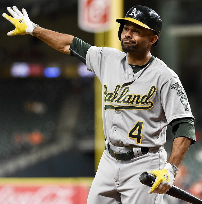 Indians, Athletics agree to trade Coco Crisp
