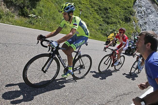 Contador pulls out of Tour de France after fever, crashes