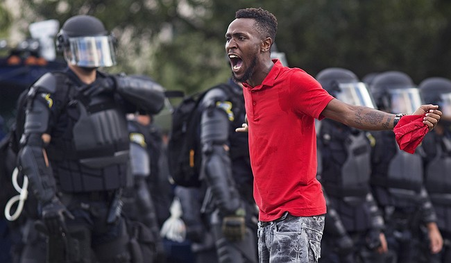 Leading Black Lives Matter activist DeRay Mckesson arrested at Baton Rouge protest