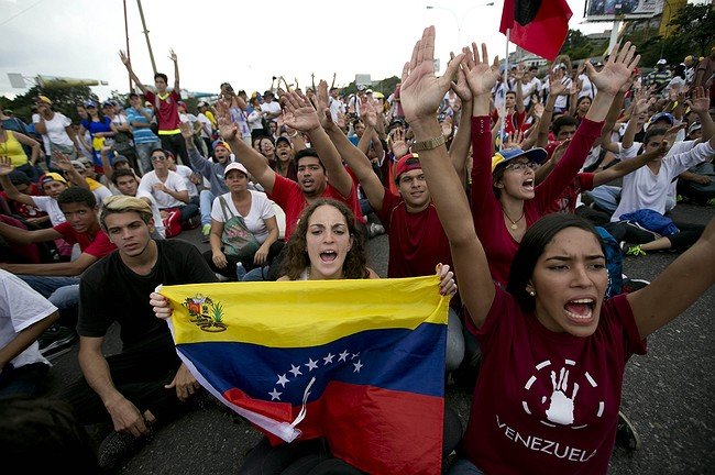 Mass protest in Venezuela demanding end of 'dictatorship'