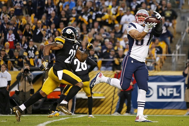 Patriots' Rob Gronkowksi Out for the Season