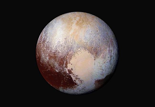 Pluto's frozen heart may hide slushy underground ocean