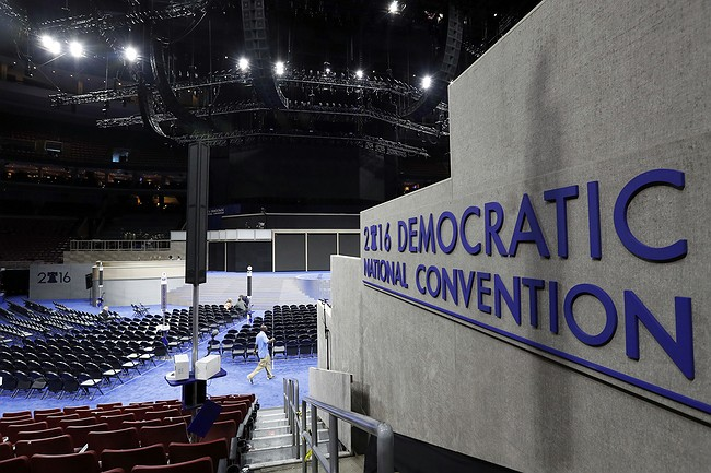Bill Clinton to pitch Hillary, seek unity at Democrat confab