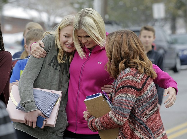 Parents disarm son who brought guns to Utah school
