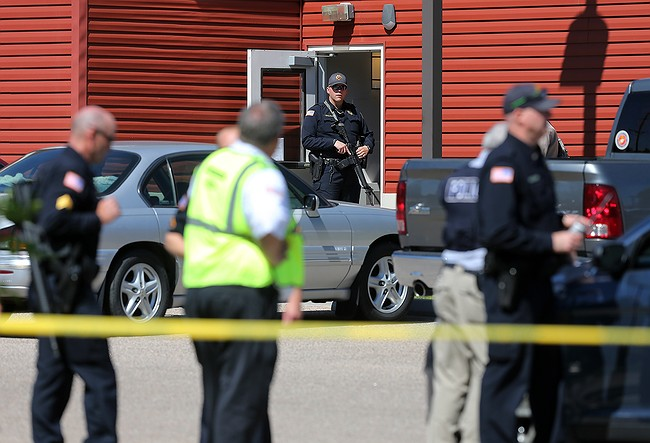 Wyoming man shoots 3 at senior citizen complex, kills self