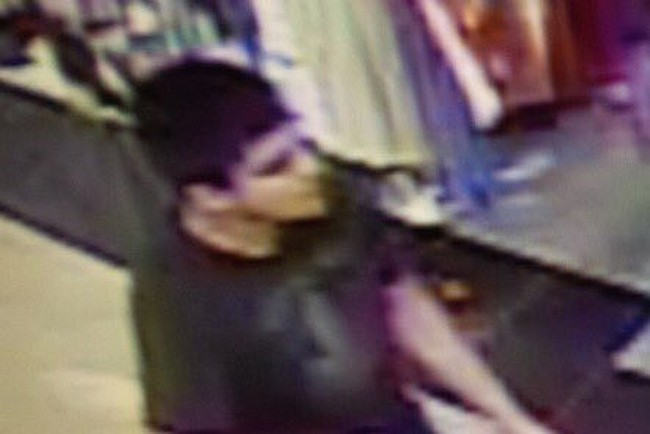 Suspect arrested in US mall shooting