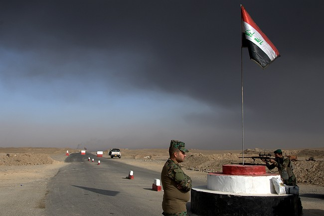 Iraqis push toward Mosul; group calls for airstrike probe