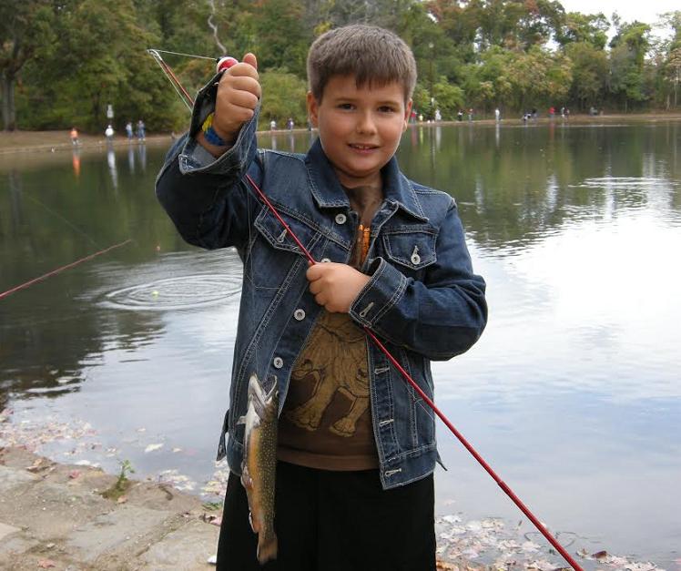 Dec 39 i fish ny 39 hosts fall family fishing festival at for Nys dec fishing