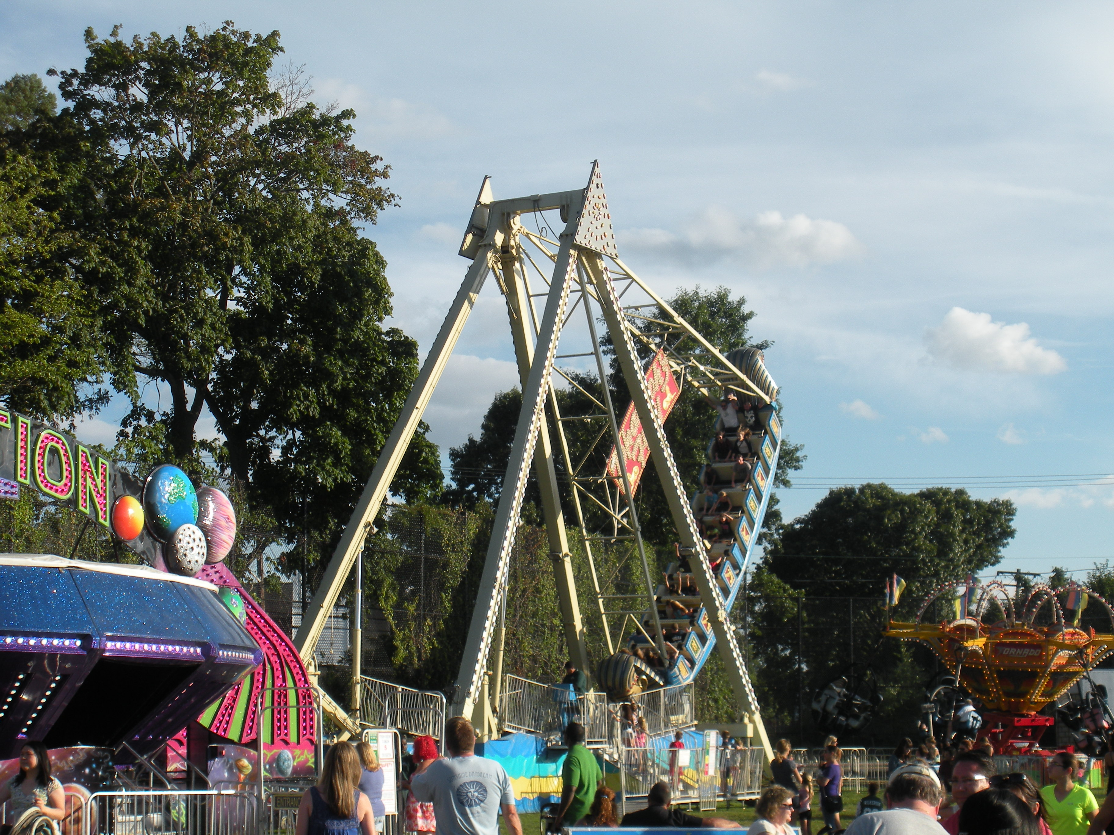 Locals Have A Blast At The 2014 East Northport Festival
