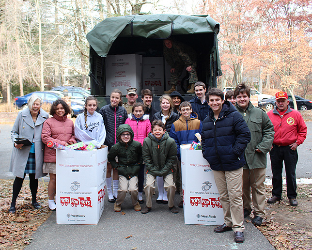 Hcds Toys For Tots 2017 Photo Credit Harbor Country Day School