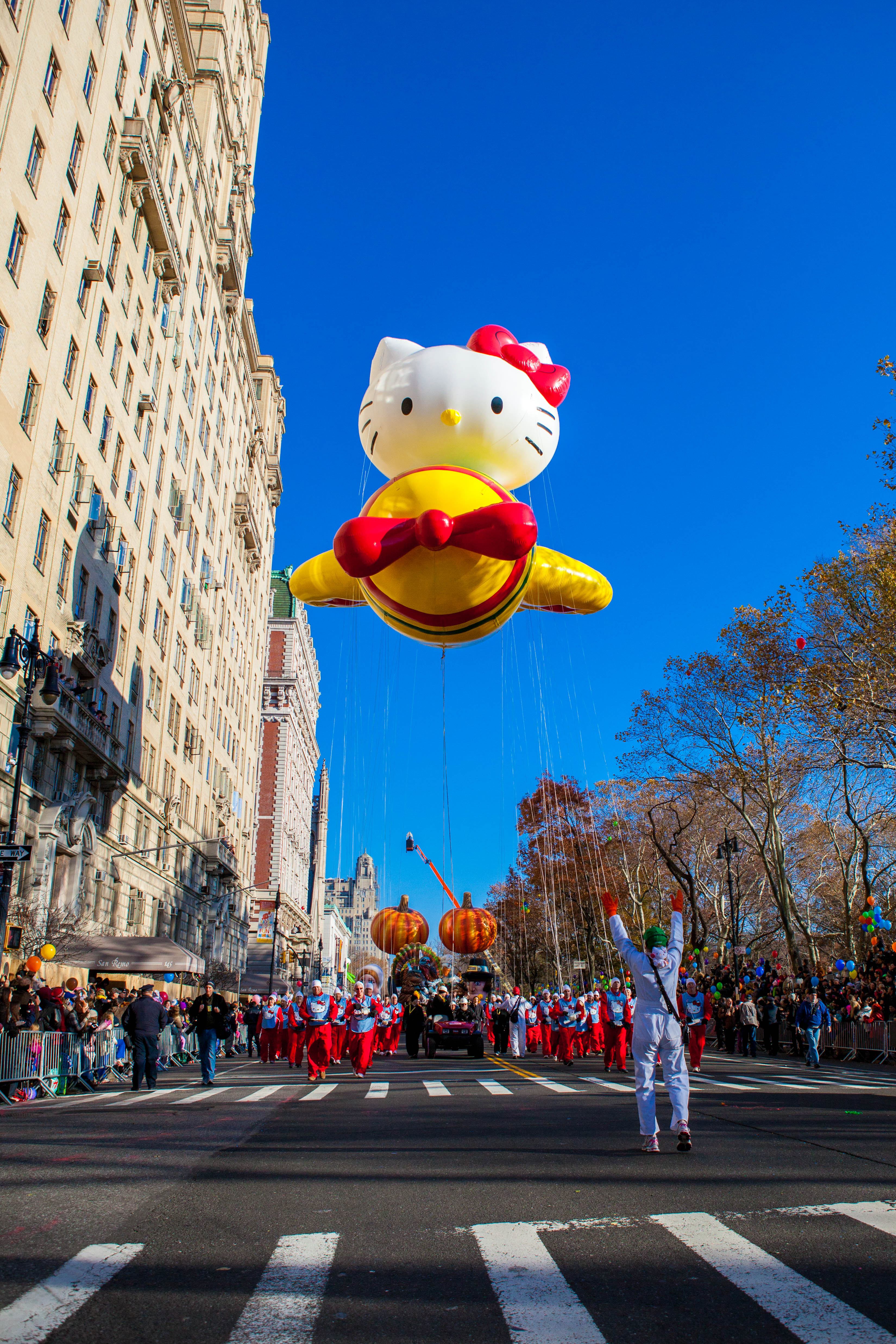 Macy S 10th Birthday Party At Dylan S Candy Bar: 2015 Macy's Thanksgiving Day Parade: Kicking-Off The