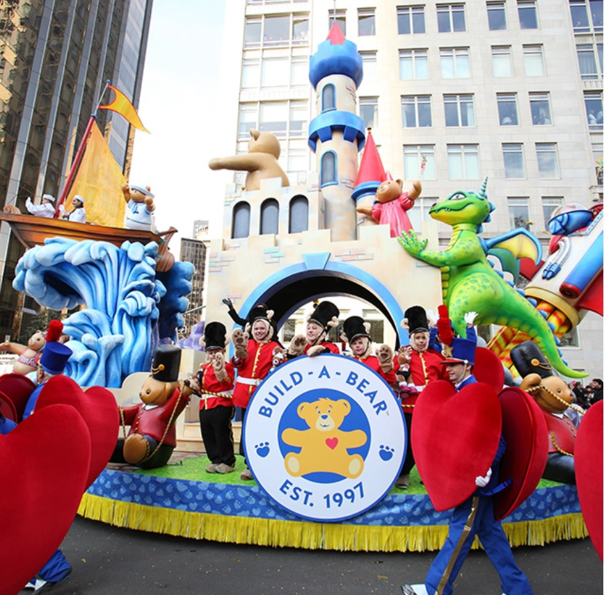 Where To Watch Macy S Day Parade And Dog Show Thanksgiving