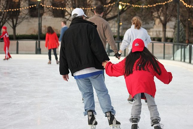 Surround yourself in the season outdoor ice skating rinks on long surround yourself in the season outdoor ice skating rinks on long island solutioingenieria Choice Image