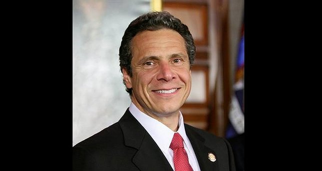 New York governor proposes free tuition at state colleges