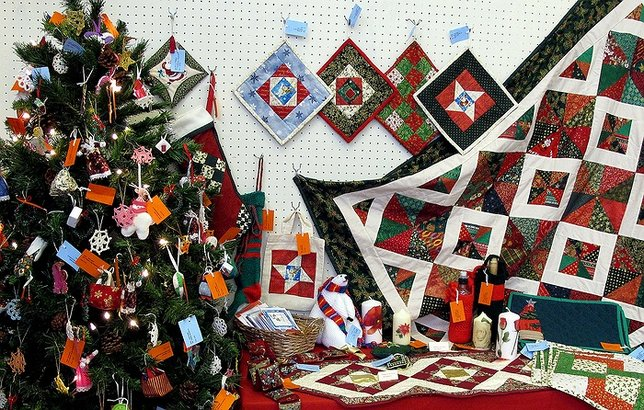 Shop til you drop holiday craft fairs taking place on for Craft fairs long island
