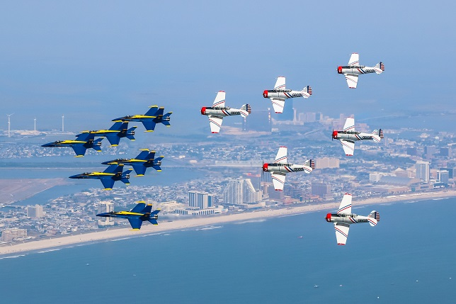 Farmingdale long island based geico skytypers to perform during the 2016 bethpage air show at