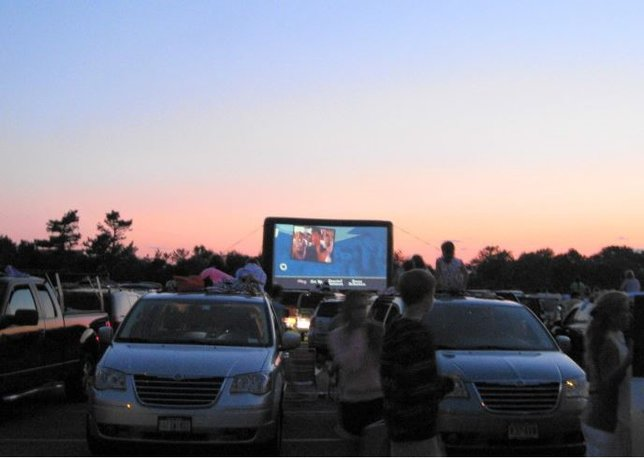 Drive In Movies Are Turning Into A Summer Staple For 2020 Longisland Com