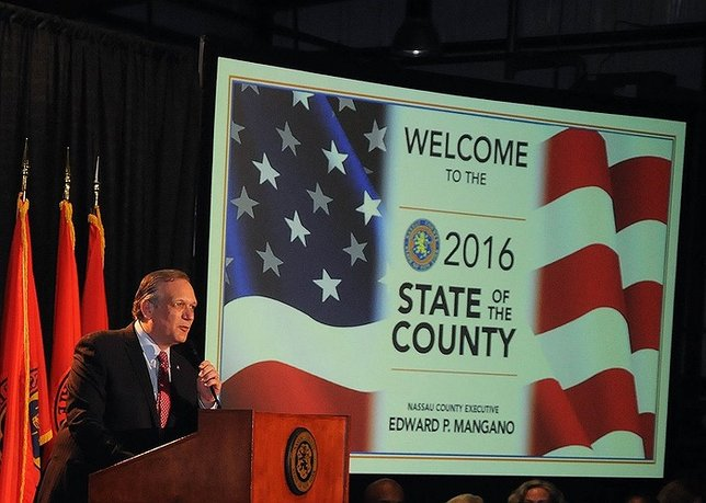 Mangano Reports On New Jobs, Reduced Crime And Taxpayer-Friendly Policies In State Of The County Address - LongIsland.com Mangano Reports On New Jobs, Reduced Crime And Taxpayer-Friendly Policies In State Of The County Address - 웹