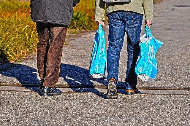 NY moves to ban plastic bags