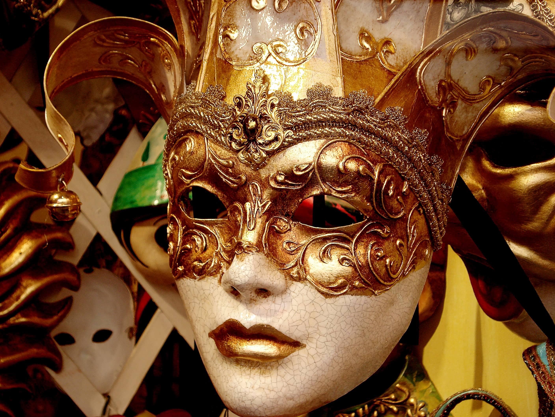 Masquerade Deutsch
