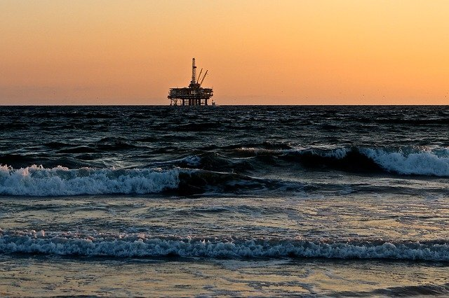 NJ Politicians Stand United in Opposition to Drilling off New Jersey's Coast