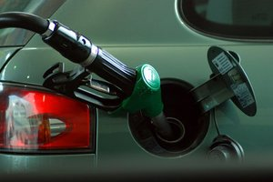 "New York Announces ""Strategic Gasoline Reserve"" to Prevent Gas Shortages during Emergencies thumbnail"