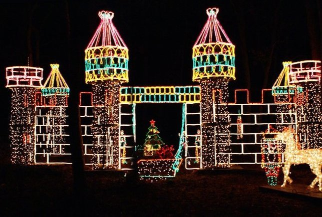 LongIsland.com's 2015 December Family Fun Guide: Winter Festivals,  Lightings and Light Shows, and More Merry Amusements for the Holidays - LongIsland.com's 2015 December Family Fun Guide: Winter Festivals