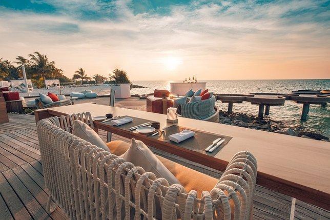 Li S Best Outdoor Waterfront Restaurants On The North