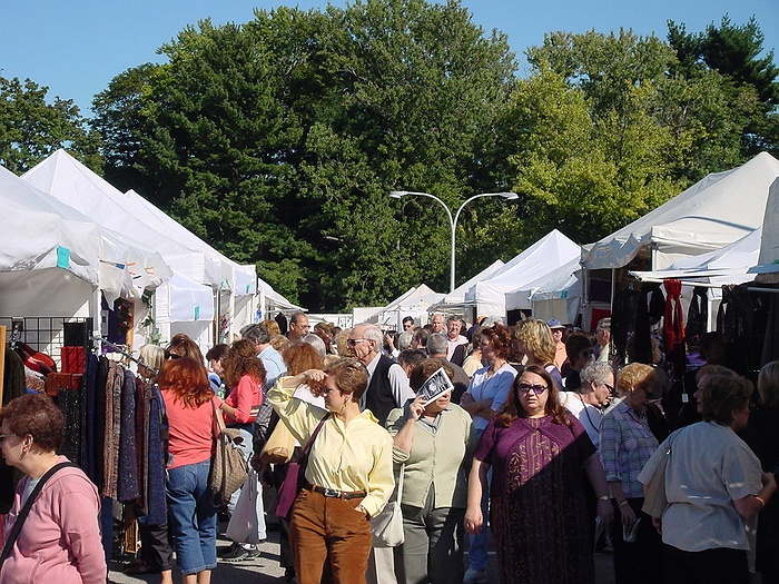 Craft and fine art fair at the nassau county museum of art for Craft fairs long island