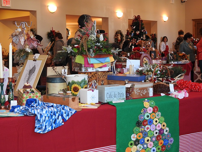 7th annual holiday craft fair for Craft fairs long island