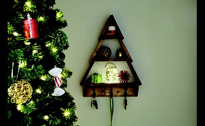 DIY Workshop: Decorative Holiday Shelf