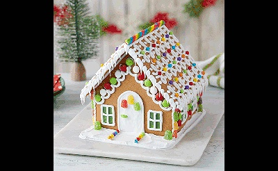 MAKEbreak Gingerbread Houses