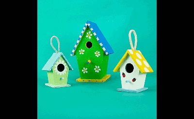 MAKEbreak Charming Birdhouses
