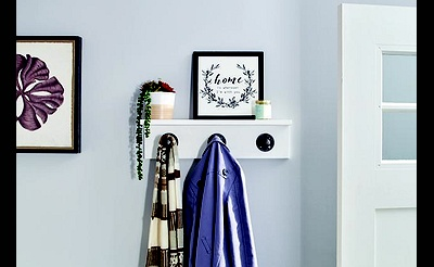 DIY Workshop: Pipe Coat Hanger