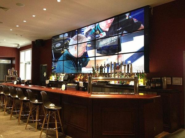 Long Island Restaurants: Smitty's All American Grill
